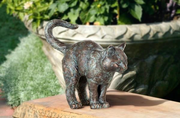 Wachsame kleine Katze Bronze Skulptur