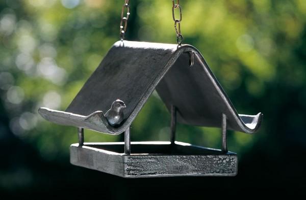 Das Vogelhaus Wolkenhäuschen, Kupfer-Skulptur.
