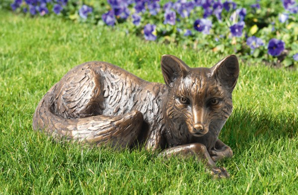 Liegender Fuchs Bronze Skulptur