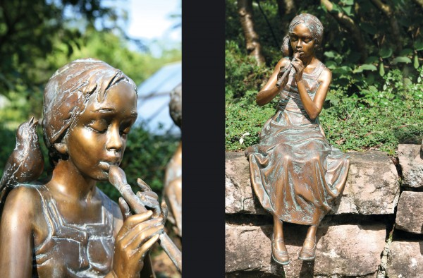 Maedchen mit Floete Bronze Skulptur