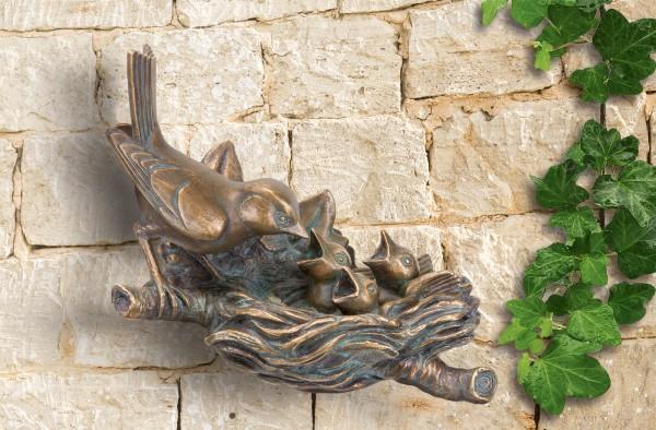 Bronze Wand Skulptur Finkennest