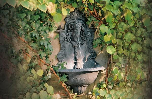 Widderkopf Wandbrunnen
