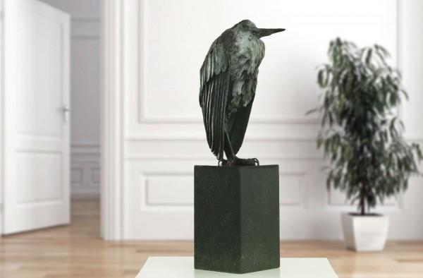 Der frierende Reiher von Veronica de Voogt, limitierte Bronze-Skulptur.
