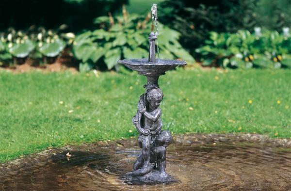 Jungengruppe Englischer Bleiguss Wasserskulptur