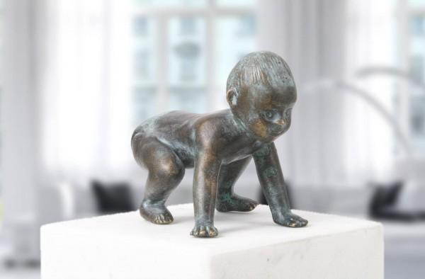Baby aufstehend Bronze Skulptur