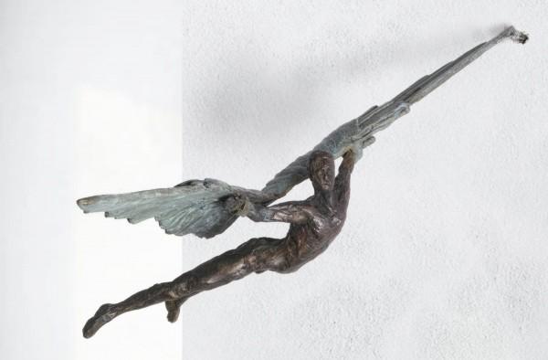 Ikarus der Flug Bronze Skulptur R. Zweypfenning
