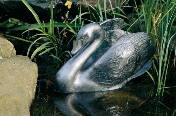 Schwarzer Schwan Kupfer Skulptur