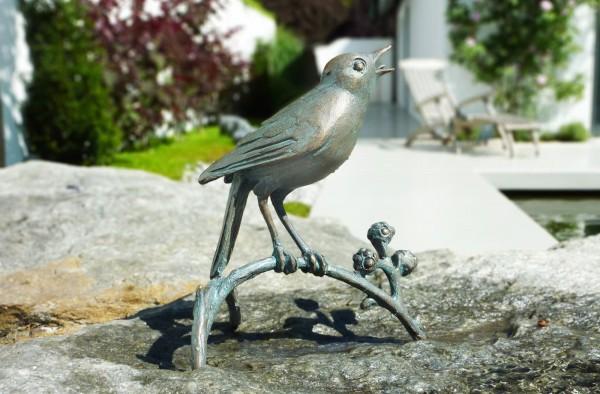 Nachtigall auf Ast Bronze Skulptur