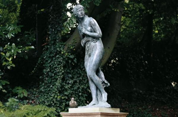 Nymphe Bronze Skulptur A. Calandrelli