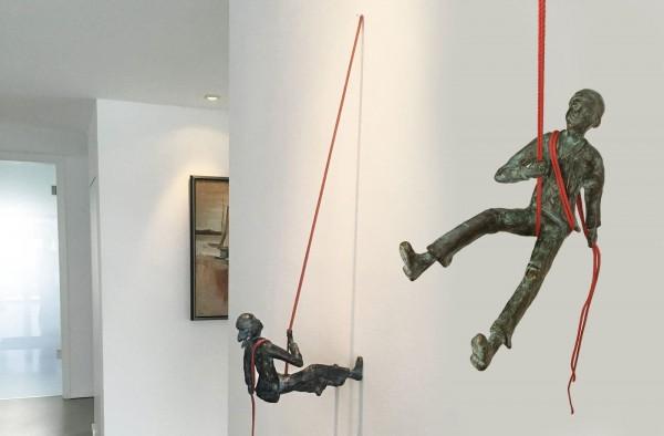 Abseilen Bronze Skulptur